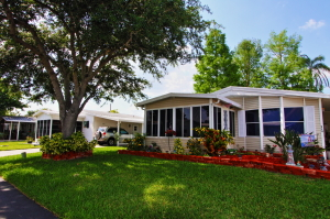 Why The Manufactured Homes For Sale At Hyde Park Near Orlando FL Are Ideal Retirement Living